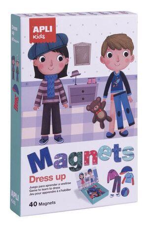 MAGNETS DRESS UP